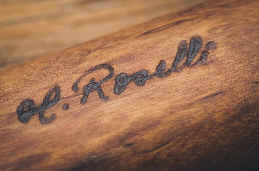 Nur echt mit Signatur von H.Roselli